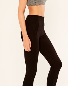 Ponte Pant Black he Ponte Pant is an absolute staple for the wardrobe, you can't go wrong! Pair with a sneakers and a tee or dress them up with boots!  About: 70% Rayon, 25% Nylon, 5% Elastane  Care: Cold gentle hand wash separately. Do not bleach, soak, rub or wring. Lay flat in shape to dry in shade. Do not tumble dry, cool iron on reverse with press cloth if required. Dry cleanable.  Product code: PW33358PON