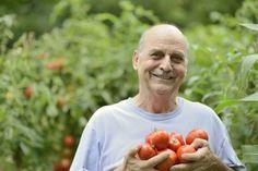 Land.se listar fördelarna med att tillbringa tid i trädgården.