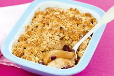 Dessert for tonight! Give the classic apple crumble a modern twist with juicy pears and dried cranberries.