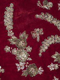 Sabyasachi by Sabyasachi - Embroidered velvet dress with silver work and khadi dupatta Bullion Embroidery, Zardosi Embroidery, Crystal Embroidery, Hand Work Embroidery, Embroidery Suits Design, Types Of Embroidery, Embroidery Stitches, Embroidery Patterns, Creative Embroidery