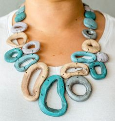 Summer fashion  gorgeous stone-imitation chunky bib necklace