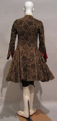Ensemble, ca. 1740, British, silk, metallic thread, rear view showing full skirts to Frockcoat (c) Metropolitan Museum of Art