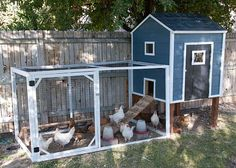Aww this look a lot like mine!! build your own chicken coop! #backyardchickens