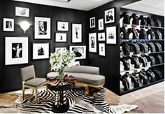 I would just ❤ to have this room n jewels too