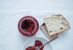 Toasts with strawberry jam... oh yes!
