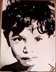 Portrait à l'encre de chine. Outils : Pinceau et cure-dent Support : Papier coton/bambou Vidéo de l'évolution ici : https://www.youtube.com/watch?v=pY_cC0VXY2U