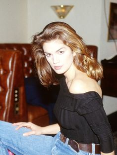 100 of everyone's fave '90s supermodels in their glory days: Cindy Crawford (1994)