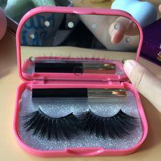 Qingdao Meet Beauty Network Technology Co. Mink Eyelashes, Vaseline Eyelashes, Big Lashes, Makeup Studio Decor, Beauty Network, Cute Captions, Mode Rose, Beauty Business Cards, Custom Packaging