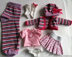 Sock doll clothes tutorial. Not in English but good pictures