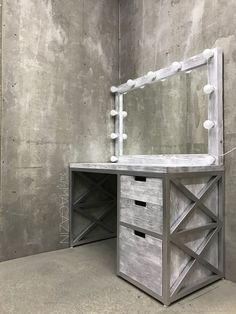 White Vanity Desk, Vanity Table Set, Nail Salon Design, Boutique Interior, Makeup Rooms, Cozy Room, Home Crafts, Diy Furniture, Room Decor