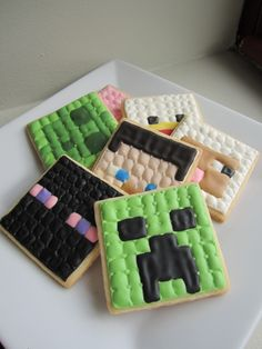 Minecraft Cookies with Royal Icing.How about some animals/monsters. Minecraft Cookies, Minecraft Cake, Minecraft Birthday Party, Minecraft Crafts, Minecraft Ideas, Minecraft Skins, Birthday Ideas, Birthday Parties, Cookies For Kids