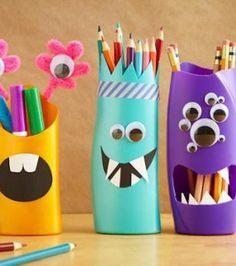 fabriquer des pots à crayons rigolos avec une bouteille de shampoing ou de gel douche