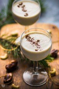 Świąteczny koktajl – wegański eggnog - erVegan