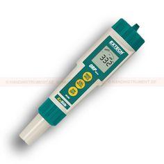http://termometer.dk/vandanalyse-r13710/ph-orp-instrumenter-r13711/exstik-orp-meter-53-RE300-r13727  ExStik ORP meter  Måling ORP / ORP fra -999 til 999mV  Automatisk elektronisk selvbetjening kalibrering  Simuleret analog søjlediagram viser ændring i ORP læsning  Høj opløsning af 1 mV  Stores og minder 15 aflæsninger og gemmer sidst kalibrerede værdi  Indikatorer for dataverifikation viser brugeren, når aflæsningen stabiliserer  Data hold, automatisk slukning og lavt batteri...