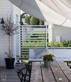 my scandinavian home: Outdoor terrace in Finland. Home of Suvi Melender-Lågland.