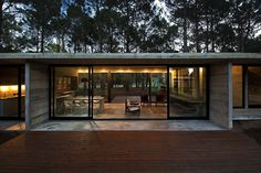 Luciano Kruk Arquitectos Designed Home With Forest Views in Buenos Aires. http://www.selectism.com/2014/11/13/buenos-aires-single-storey-forest-home/