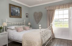 A beautifully restored Georgian cottage brimming with classic country charm Rachel and David Ellershaw's sensitive restoration of their Georgian home has changed the enterprising couple's lives in ways they could have never imagined Country Cottage Furniture, Country Cottage Bedroom, Country Cottage Interiors, Country Decor, Country Charm, Cottage Homes, Country Cottages, Country Bedrooms, Primitive Furniture