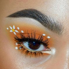 long time no see everyone, on the other hand I am loving this orange look, bring me summer vibes, who else thinks this would be perfect for a festival