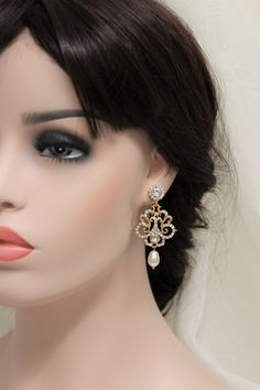 Gold  Art Deco Earrings, Vintage Style Crystal  Earrings, Bridal Earrings, Wedding Earrings, Crystal Drop Earrings, Wedding Jewelry https://etsy.me/2I5yuvD #weddings #jewellery #weddingearrings #earrings  #artdeco #bridal #vintagestyle #bridalearrings
