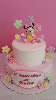 Sweet baby minnie cake