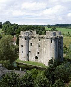 Nunney Castle, England. Formerly owned by Prater ancestors. Would like to combine England/Ireland/Scotland in one trip