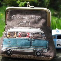 Items similar to VW Campervan purse titled Are We There Yet on Etsy Volkswagen Bus, Vw Camper, Laura Ashley Linens, Sewing Crafts, Sewing Projects, Applique Patterns, Quilting Patterns, Quilting Ideas, Machine Embroidery