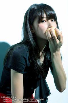 wallpaper for iPhone, iPad Cute Japanese Girl, Cute Beauty, Japanese Models, Beauty Photos, Japanese Beauty, Japan Fashion, Beautiful Asian Girls, Beautiful Women, Cute Girls