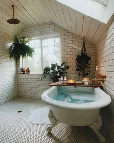 Find images and videos about home, design and interior on We Heart It - the app to get lost in what you love. Boho Bathroom, Small Bathroom, Modern Bathroom, Master Bathroom, Bathroom Canvas, Bathroom Goals, Vintage Bathrooms, Bathroom Inspo, Dream Bathrooms