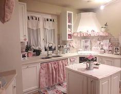 shabby chic kitchen designs – Shabby Chic Home Interiors Estilo Shabby Chic, Shabby Chic Pink, Shabby Chic Cottage, Shabby Chic Homes, Shabby Chic Style, Shabby Chic Decor, Shabby Chic Interiors, Shabby Chic Bedrooms, Shabby Chic Furniture