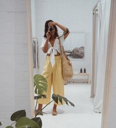 White top and yellow culottes Street style, street fashion, best street style, OOTD, OOTD Inspo, street style stalking, outfit ideas, what to wear now, Fashion Bloggers, Style, Seasonal Style, Outfit Inspiration, Trends, Looks, Outfits.