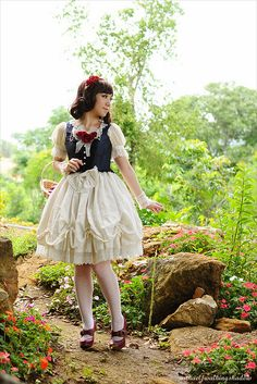 I love the lolita style from japan. ANd i love this babytssb snow white dress