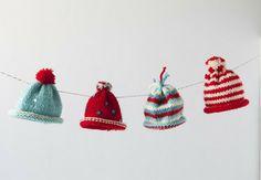 Mini Holiday Hat Garland.  Crafts with Yarn - Creativebug