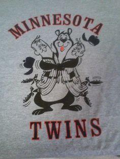 hamms bear / minnesota twins vintage logo xl t-shirt from $12.0