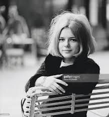 French singer, France Gall in Switzerland. France Gall rose to fame in the performing songs penned by Serge Gainsbourg, before marrying composer Michel Berger, whose collaboration turned. Get premium, high resolution news photos at Getty Images France Gall, Serge Gainsbourg, French Pop, Catherine Deneuve, Duffy, Shakira, Switzerland, Singer, Actresses