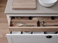 Oak Kitchens | Henley Collection | Neptune Kitchen Larder, Grey Kitchen Cabinets, Design Your Kitchen, Interior Design Kitchen, Interior Ideas, Kitchen Liners, Neptune Kitchen, Kitchen Organisation, Organisation Ideas