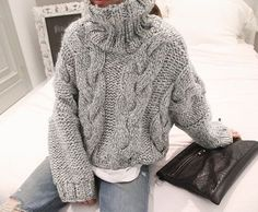 I wish I could wear these bulky sweaters without roasting! I wish I could wear these bulky swea Knit Fashion, Sweater Fashion, Sweater Outfits, Trendy Outfits, Cute Outfits, Fashion Outfits, Trendy Clothing, Fashion Boots, Looks Chic