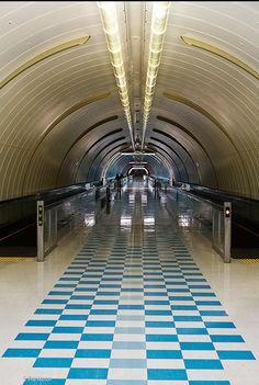 Baby blue checkered pattern vct Narita airport - Tokyo