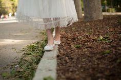 Foto de niña con traje de comunion en el retiro