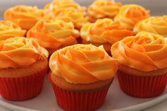 Orange Cupcakes, Orange Muffins, Oreo Cupcakes, Yummy Cupcakes, Mini Cupcakes, Cupcake Cakes, Cup Cakes, Spring Cupcakes, Velvet Cupcakes