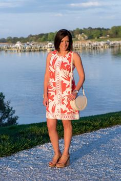This bright coral and white floral sleeveless shift dress with crochet lace detail is a summer classic. Dress it up with wedge sandals or down with flats. Summer Dresses For Women, Summer Outfits, Outfits 2016, Summer Fashions, Vacation Outfits, Chic Outfits, Fashion Outfits, Fashion For Women Over 40, Types Of Fashion Styles