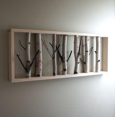 Holzrahmen mit Birkenstämmen