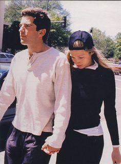 JFK Jr. & Carolyn Bessette-Kennedy.