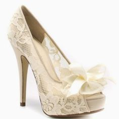 Absolutely love these!! http://www.chineselaundry.com/chineselaundry/pumps/hotline-lace?color=ivory