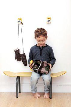 フランス発のキッズ向け「スケートボード家具」がかわいい New Product, Skateboard, Diy And Crafts, Chair, Kids, Skateboarding, Young Children, Boys, Skate Board