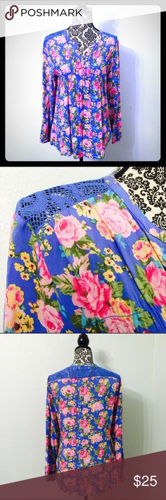 Great Northwest Blue Floral Lace Shoulder Blouse! Size medium! great northwest Tops Tees - Long Sleeve