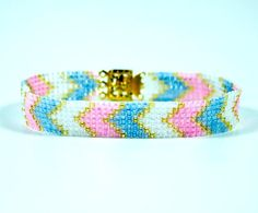 Once youve learned how to square stitch, give this Square Stitch Chevron Bracelet pattern a try! Square stitch may look complicated, but this seed bead bracelet tutorial is an easy, versatile pattern.