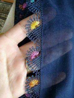 Needle lace Source by Filet Crochet, Irish Crochet, Crochet Motif, Knit Crochet, Blackwork Embroidery, Hand Embroidery, Knitting Patterns, Crochet Patterns, Embroidery On Clothes