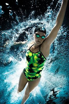 TYR Performance Swimwear I misssssssssssssssssss Swim team! Vive Le Sport, Foto Sport, Swimming Photography, Underwater Photography, I Love Swimming, Swimming Rules, Swimming Pictures, Competitive Swimming, Weight Loss Workout Plan