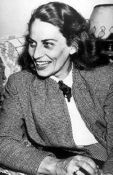 Gabrielle Roy, C.C., auteure (née le 22 mars 1909 à Saint-Boniface, Manitoba.; décédée 13 juillet 1983 à Québec, Québec). Lionel Groulx, Robert Charlebois, Jean Marie, Human Condition, Portraits, Abraham Lincoln, Father, Showgirls, Writers