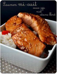 Alice Secret Story Saumon avec une sauce très asiatique. Un régal!! Talipa Fish Recipes, Whole30 Fish Recipes, Healthy Chicken Recipes, Salmon Recipes, Easy Healthy Recipes, Seafood Recipes, Asian Recipes, Cooking Recipes, Oven Recipes